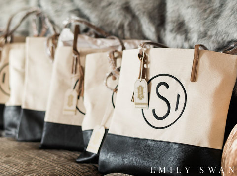 Personalized tote bags gifts for wedding party