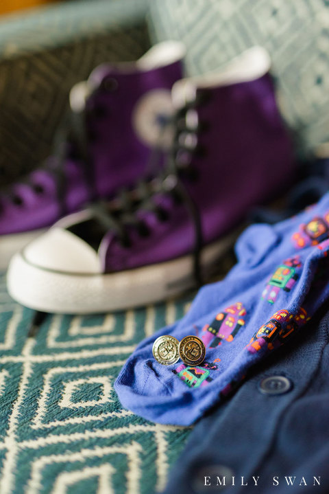 Purple and blue wedding details for groom