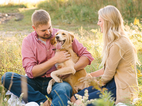 Relaxed and casual engagement pictures Minnesota photography