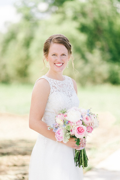 Bright like film natural wedding photography bride with pastel pink bouquet JP Denmark